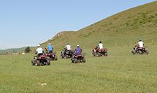 四轮越野摩托车
